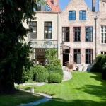 Jacquemine Luxury Guesthouse and Art Gallery