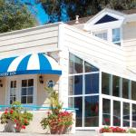 Hotels near Vital Zuman Organic Farm - Malibu Country Inn