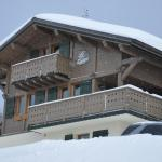 Catered Chalet Le Lapye