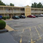 Belle Clair Fairgrounds Hotels - Town House Motel