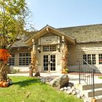 Accommodation near LaSalle Speedway - Starved Rock Lodge & Conference Center