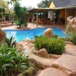 FLINTSTONES GUESTHOUSE FOURWAYS