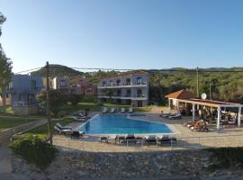 Blue Waves Resort, Plomárion