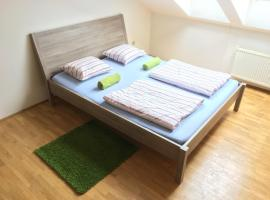 Attic Flatel 3mins from Wenceslav square,