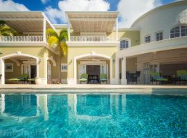 Monkey Hill Luxury Villa, Saint James