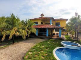 Luxury Beachfront Home, Pochomil