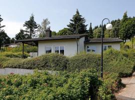 Landhaus-Wald-und-See-1