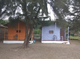 Vailankanni Cottages & Sea view Huts, Mandrem