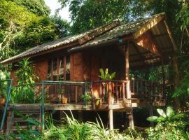 Khaosok Riverside Cottages, Khao Sok