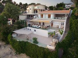 Infinity Beach House in Kefalonia, Argostólion