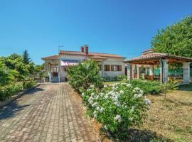 Villa House Valtura, Valtura