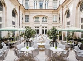 Hotel de Crillon, Париж