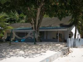 L'Escapade Beach Villa, Au Cap