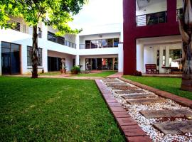 Woodgate Lodge, Harare
