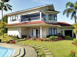 Villa Anni'mah Tapos, Bogor