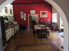 Reynard House, Victoria Falls