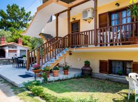 Villa Vrachos, Skála Kallirákhis