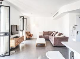 Great Jaffa Apt w/ Parking by Sea N' Rent, Tel Aviv