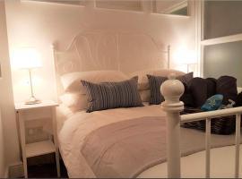 Apartment CXR-17,