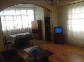Трехкомнатная квартира в г. Пицунда, Pizunda