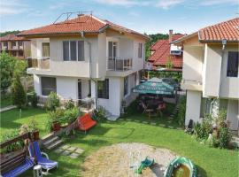 Four-Bedroom Holiday Home in Village Velika, Velika