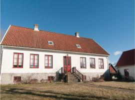 Four-Bedroom Apartment in Hemse, Hemse