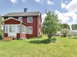 Three-Bedroom Holiday Home in Dalskog, Dalskog