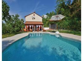 Three-Bedroom Holiday home Babici with Sea View 03, Babiči