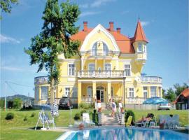 Holiday home Kopaszdomb Ház-Fonyód, Фоньод