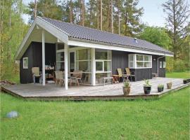 Three-Bedroom Holiday home 0 in Rønde, Dagstrup