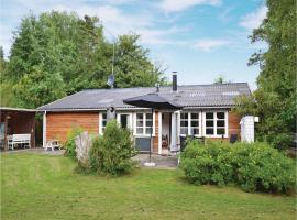 Three-Bedroom Holiday Home in Grasted, Græsted