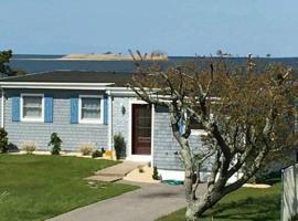 Waterfront Beach House, Shirley