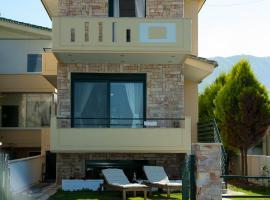 Villa Grand Bleu, Diakopto