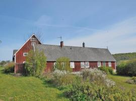 Three-Bedroom Holiday home Brösarp with a Fireplace 05, Andrarum-Brosarp