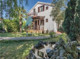 Two-Bedroom Holiday Home in Krnica, 卡尼卡