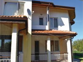Two-Bedroom Holiday Home in Krapets, Krapets