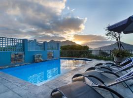 The Hillcrest, Hout Bay