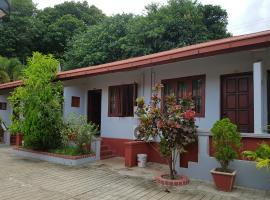 Mya Daung Guest House-Burmese Only, Pyay