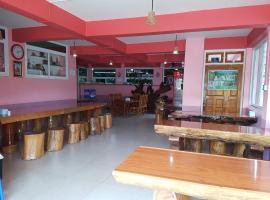Yamin Guest House - Burmese Only, Mogok