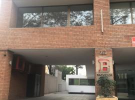 Departamento Edificio Bachelor Pedro de Valdivia, Сантьяго