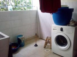Lighthomez - Jade Garden, 3 bedroom apartment, Найроби