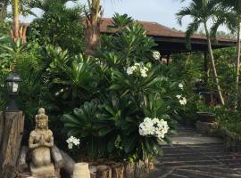 La Villa Kieng Na, Nang Rong