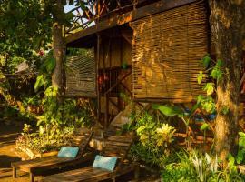 Palapa Cabins, El Corozal
