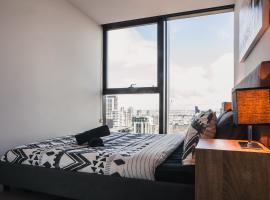 Spectacular Suite in Melbourne City Center, Melbourne