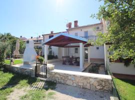 Holiday home in Porec/Istrien 9918, Пореч