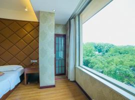 Dengyue Hotel, Emeishan