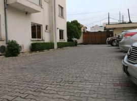 Tanaquil, Lagos