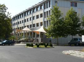 Hotel Ustra, Kŭrdzhali