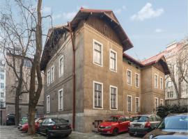 One-Bedroom Apartment in Praha 7, Прага