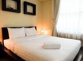 1BR Exclusive Batavia Apartment Near Business Area By Travelio, Yakarta
